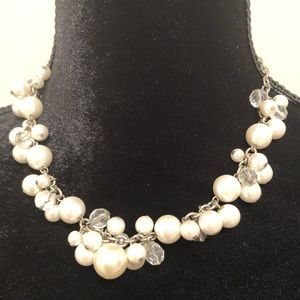 AEO Adjustable Statement Necklace • Faux Pearl